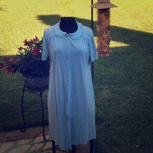 VTG Vanity Fair nightgown/house coat
